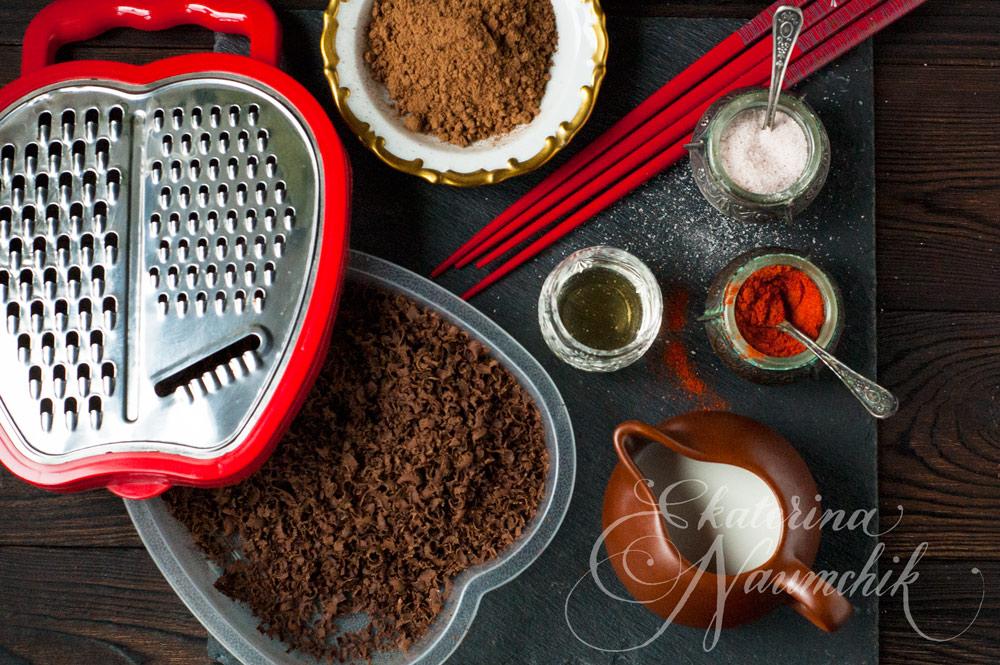 Тёртый шоколад для рецепта шоколадных трюфелей