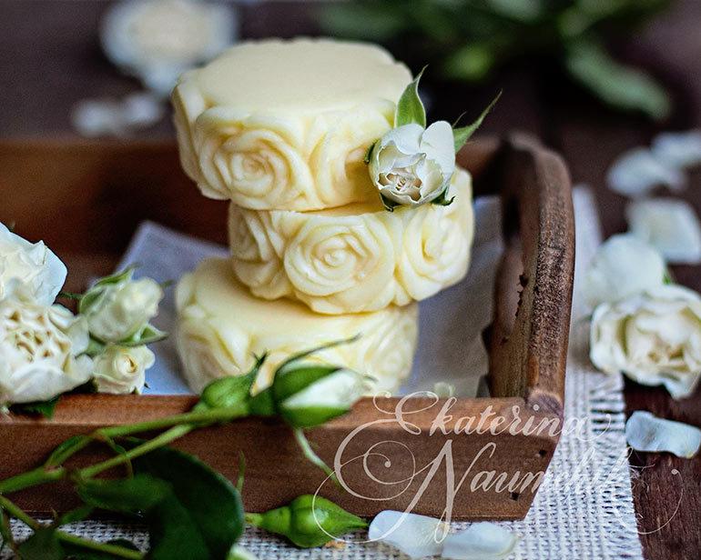 Плитка с розой поможет сохранить здоровье и молодость кожи